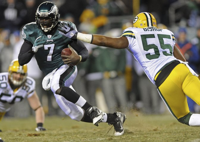 eagles-vick-runs-pack-apjpg-17efe98e085cb91f